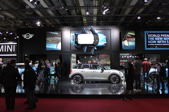 Mini 5dr at Paris motor show 2014