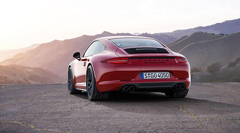 Porsche 911 Carrera GTS and Carrera 4 GTS revealed (2015) by CAR ...