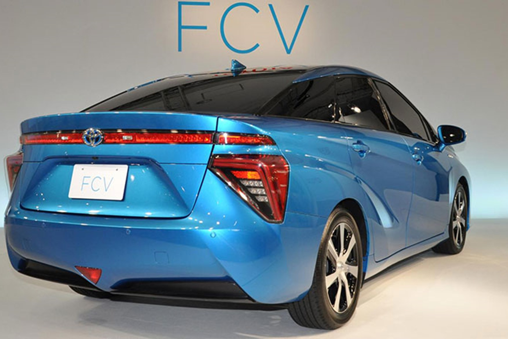 Toyota Mirai Fuel Cell Water In Exhaust Maria Toyota Fuel Cell ...