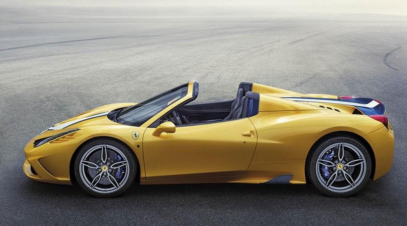Ferrari 458 Speciale Aperta 2015 review by CAR Magazine