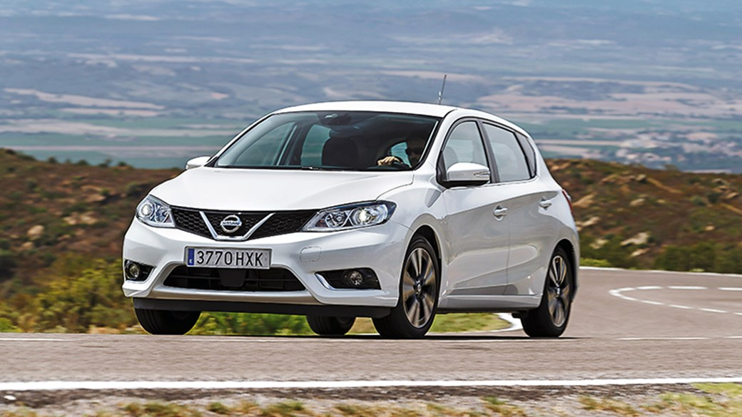 CAR Magazineu0027s Nissan Pulsar Review. Not The Sharpest Tool In The Box
