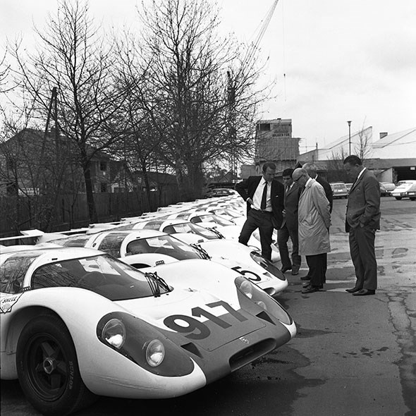 VW overlord Ferdinand Piech (far left) knows a thing or two about motorsport: he was an enginer on the legendary Porsche 917
