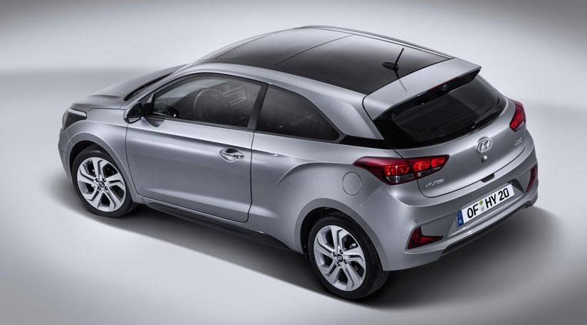 hyundai i20 coupe 2015 how to make the i20 more interesting by car magazine. Black Bedroom Furniture Sets. Home Design Ideas