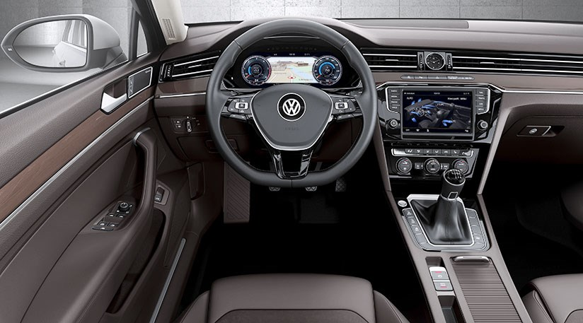 Vw passat 2 0 tdi se business 2015 review by car magazine for Interieur tiguan 2017
