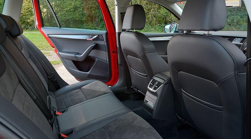 Skoda Octavia Scout 184 Tdi Dsg 4x4 2014 Review By Car
