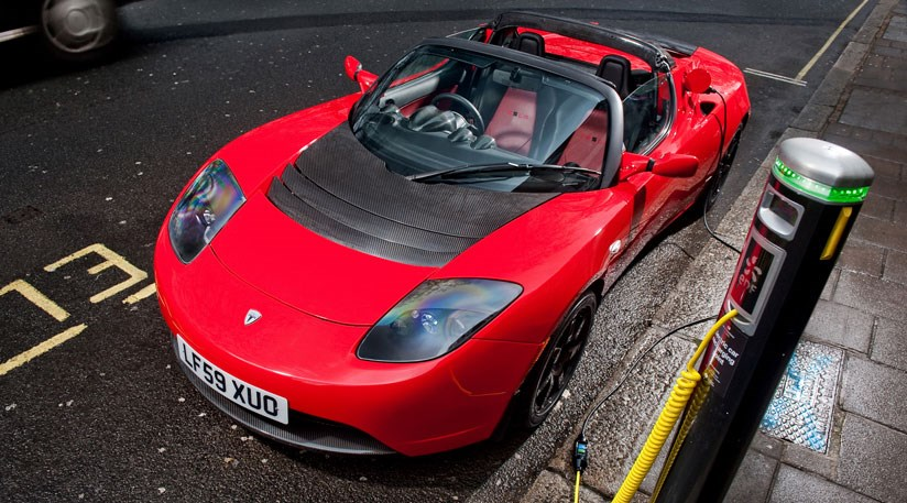 tesla breathes new life into the roadster by car magazine. Black Bedroom Furniture Sets. Home Design Ideas