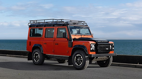 Land Rover Defender Adventure Edition (2015)