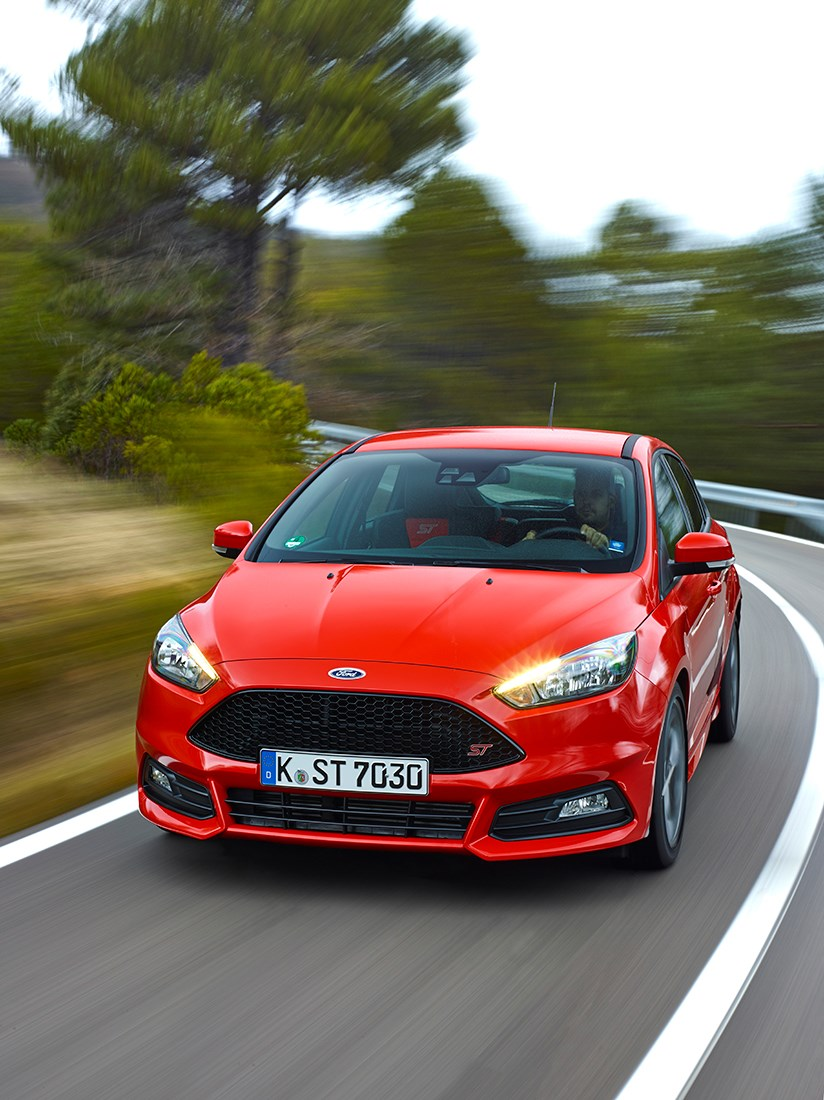... Good value and good fun; economical too with 67mpg claimed by Ford on the & Ford Focus 1.5T Ecoboost Titanium X (2015) review by CAR Magazine markmcfarlin.com