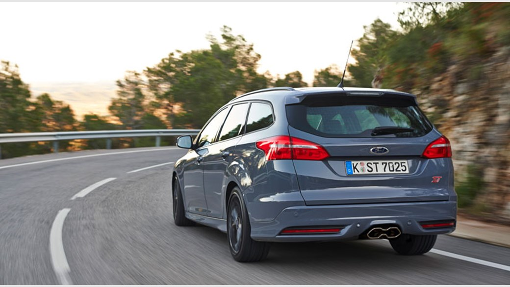 940e8c3270 Ford Focus ST 2.0 Ecoboost Estate (2015) review