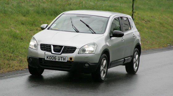 nissan qashqai with seven seats 2008 by car magazine. Black Bedroom Furniture Sets. Home Design Ideas