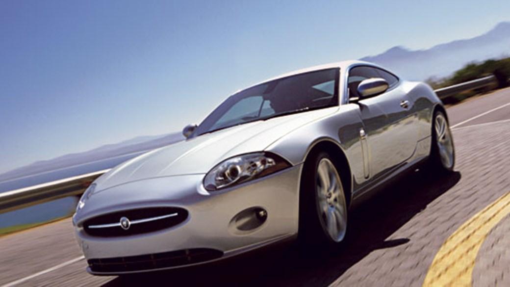 Jaguar XK8 Coupe (2006) Review