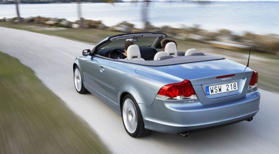 volvo c70 t5 se lux 2006 review car magazine. Black Bedroom Furniture Sets. Home Design Ideas