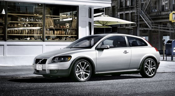 Volvo C30 D5 (2006) review | CAR Magazine