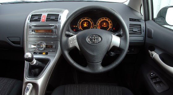 Toyota Auris 1.6 (2007) review by CAR Magazine