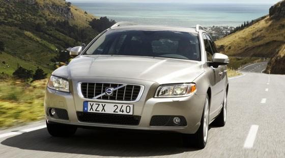 Volvo V70 D5 (2007) review | CAR Magazine