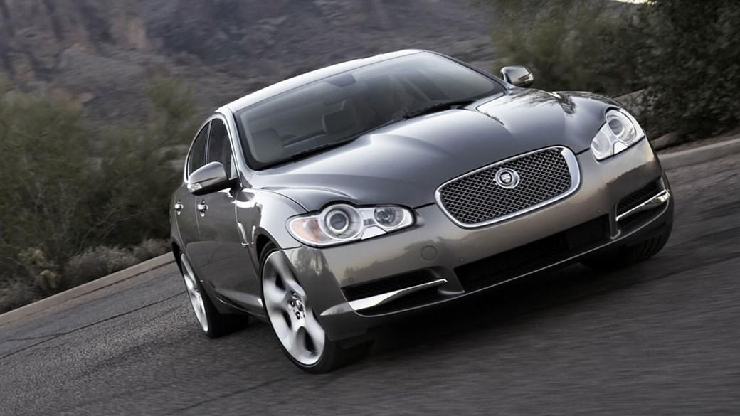 Jaguar XF SV8 (2007) Review