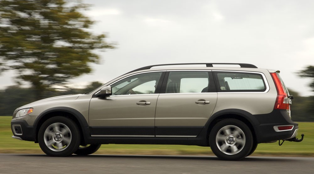 volvo xc70 d5 se lux 2008 long term test review by car. Black Bedroom Furniture Sets. Home Design Ideas