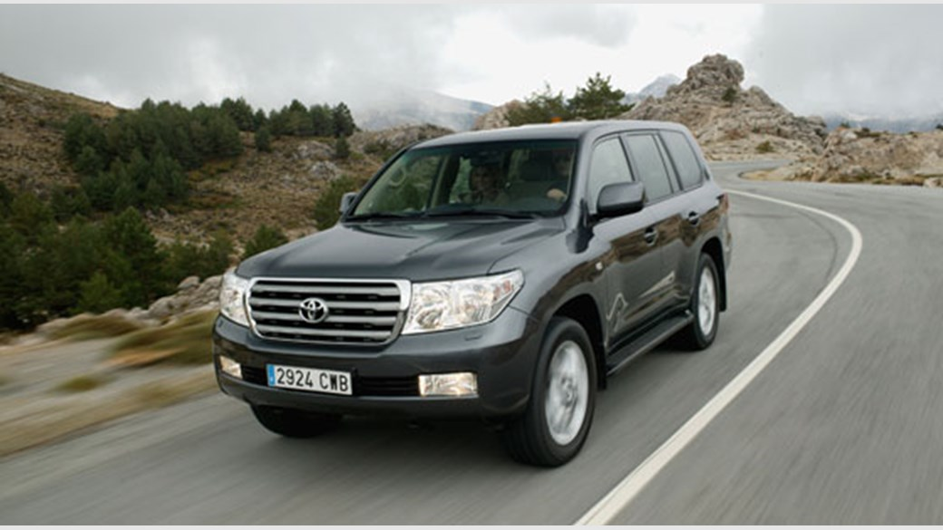 Toyota Land Cruiser V8 TD (2008) review | CAR Magazine