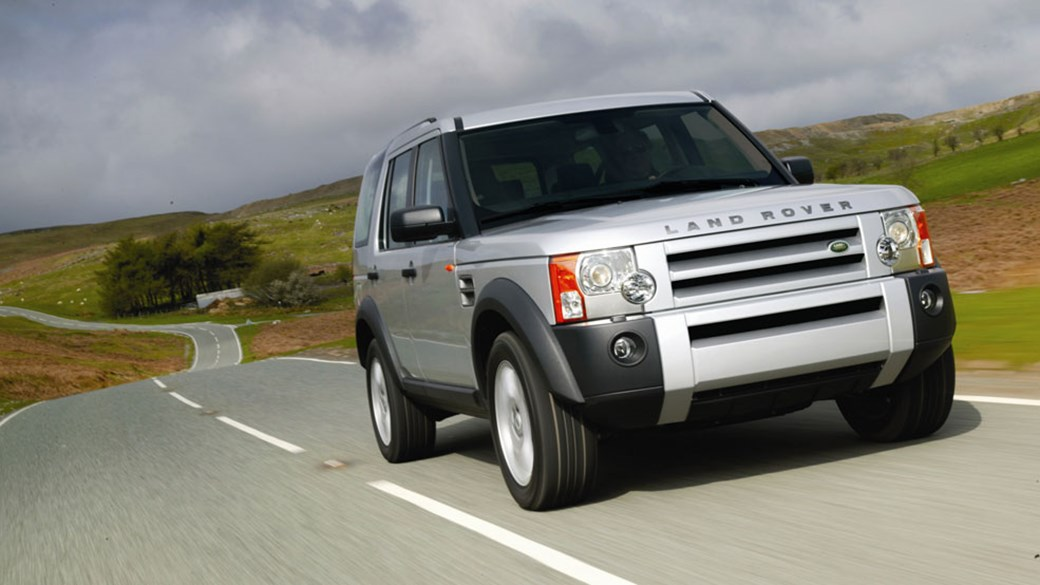 Land rover discovery tdv hse review car magazine