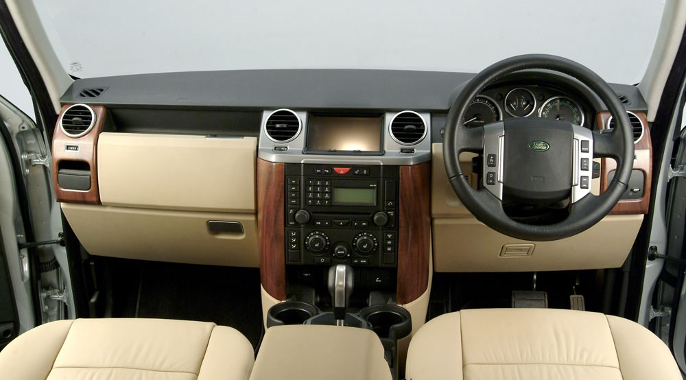 Land Rover Discovery TDV6 HSE (2008) review | CAR Magazine