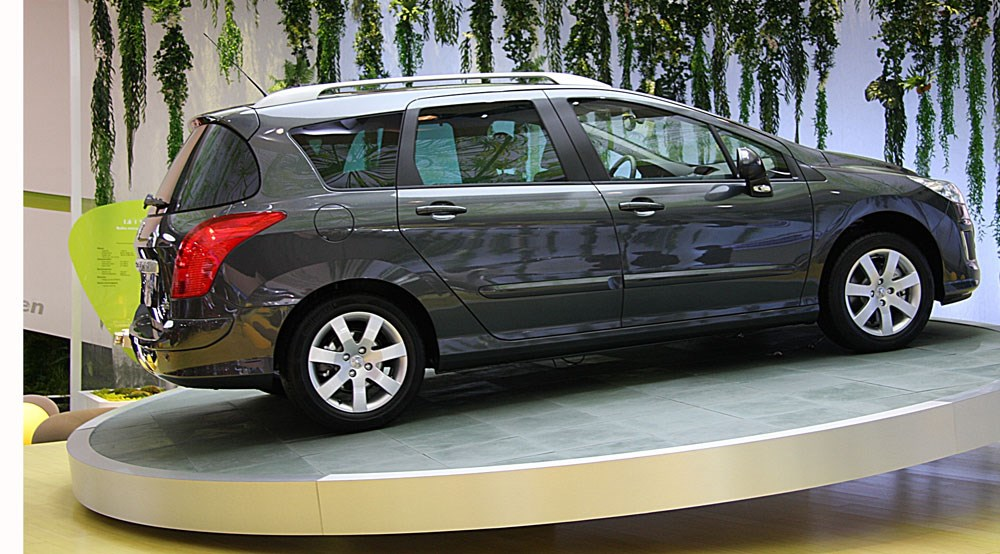 peugeot 308 sw 2008 first official pictures by car magazine. Black Bedroom Furniture Sets. Home Design Ideas