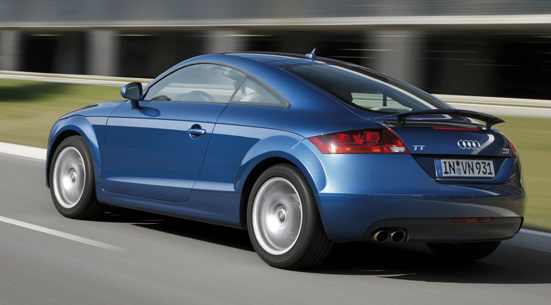 Audi TT 2.0 TDI (2008) driven review by CAR Magazine