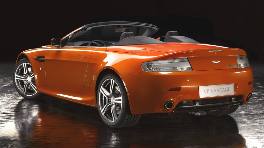 Aston Martin V8 Vantage N400 Roadster (2008) Review