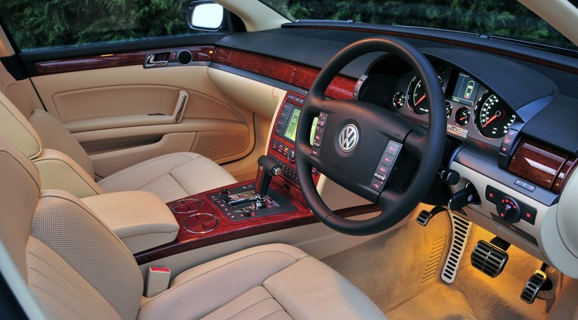 VW Phaeton 3.0 V6 TDI (2008) review   CAR Magazine