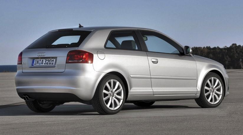 2010 Audi A3 3.2 V6 3 door photo - 2