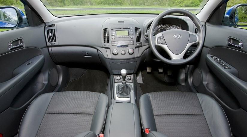 Hyundai I30 Estate 1 6 Crdi Premium 2008 Review Car Magazine