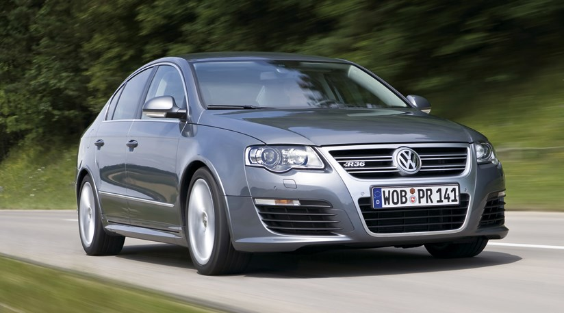 vw passat r36 2008 review by car magazine. Black Bedroom Furniture Sets. Home Design Ideas