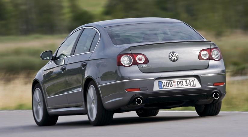 VW Passat R36 CAR review: rear three-quarter picture