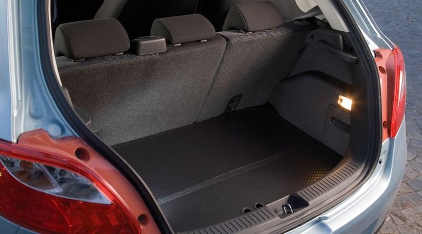 Prova Mazda 2 scheda tecnica opinioni e dimensioni 1.3 75 CV Trendy 5p