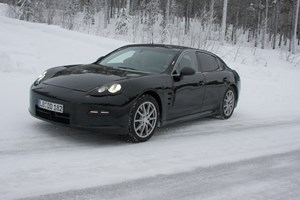 Porsche Panamera (2009) CAR spy video